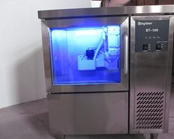 直立式制冰机