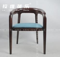 咖啡厅木质桌椅