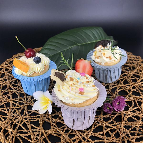 彩色花边蛋糕杯