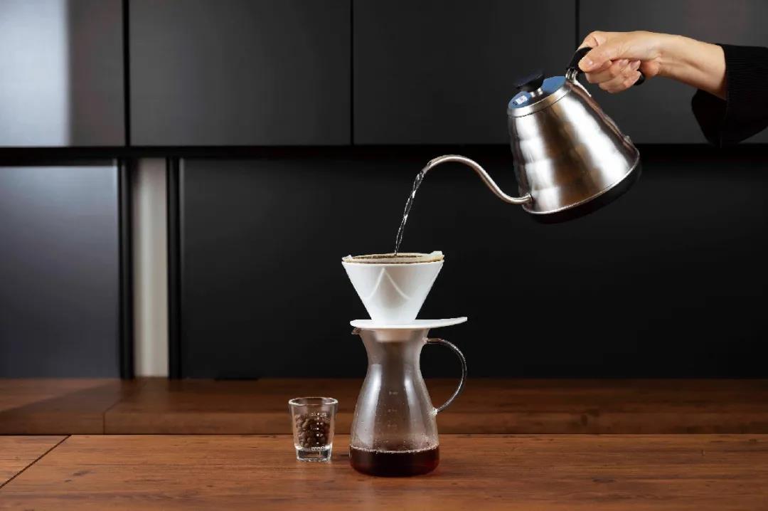 Seesaw coffee落地西南,精品咖啡连锁品牌如何实现规模增长?