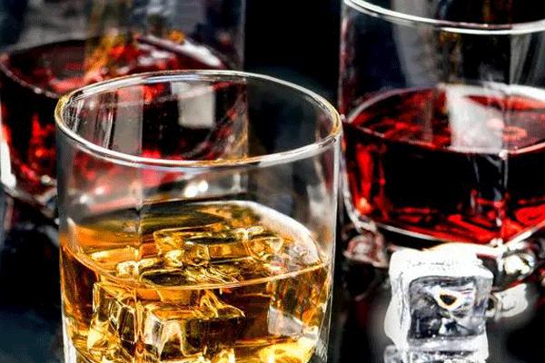 大牌纷纷入局,餐饮+酒模式能走多远?